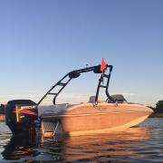 Big Air Cuda Tower - 2002 Tahoe 202 deckboat - Black Alunimum - Wakeboard tower  (2)
