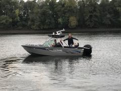 Big Air Predator Tower - Lowe Boat - Polished Aluminum - wakeboard tower (2)